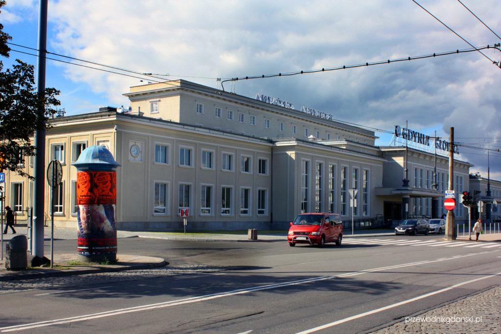 Dworzec w Gdyni po wojnie